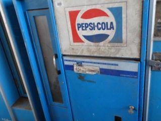 Vintage Vendorlator PEPSI bottle vending machine