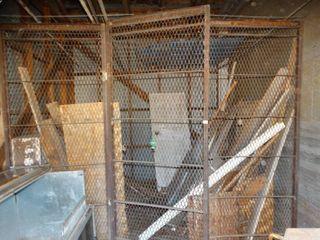 Metal cage front w  door  3 pcs metal cage
