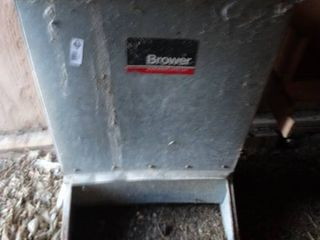 Brower hog feeder