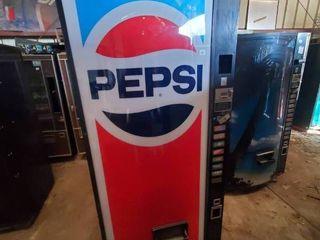 Pepsi Soda Vending Machine W Coin Acceptor