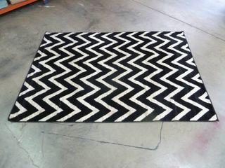 CHEVRON Black   White 5ft x 7ft Area Rug