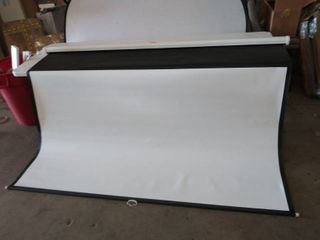 PERlESMITH Manual Pull Down 100 inch Projector Screen  Damaged   See Photos
