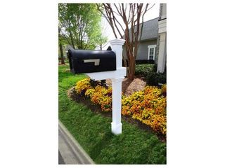 Classica Mailbox Post with No Dig Steel Pipe Anchor