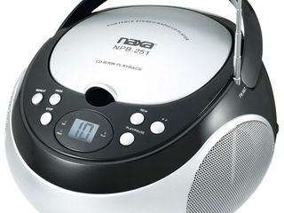 NAXA Electronics NPB 251BK Portable CD Player with AM FM Stereo Radio