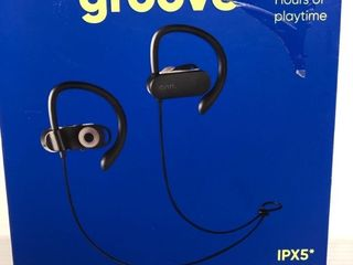 Onn Groove Wireless Sport Earphones 10 Hours Of Playtime Ipx5 Bluetooth