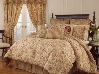 Imperial Dress Antique Comforter Set  King  4pc   Waverly