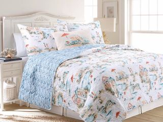 Design Source   Beach Club 3 Piece Multicolored King Quilt Set  White   Blue   Green