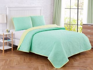 Seaside Resort Solid Medallion 2 Piece Mint Aqua Microfiber Twin Quilt Set  Green