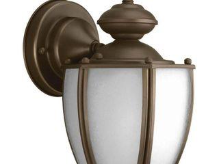 Single light exterior light