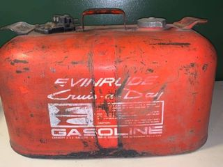 Vintage Evinrude Cruis A Day 6 Gallon Outboard Boat Motor Gas Tank location Garage