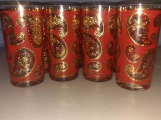 lot Of 8 Mid Century Paisley Decorated Glasses In Excellent Condition