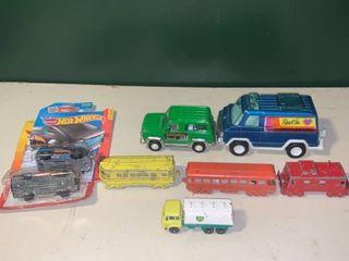 lot of Vintage Cars Tootsietoy Hotwheels Midgetoy lesney location Bar
