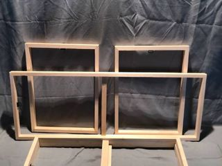 lot of 5 Various Sized Wood Hanging Frames location Shelf 3