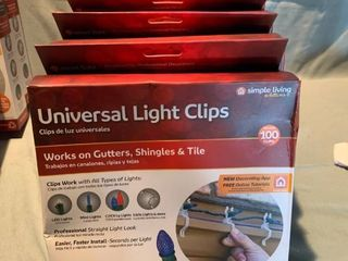 lot of 6 Boxes Simple living Solutions 100ct String light Universal light Clips  Clear location Shelf 2