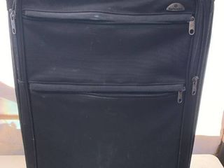 large Samsonite Rolling Suitcase location Front Storage