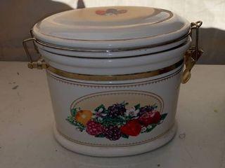 Knotts Berry Farm Ceramic Cookie Jar location Front Storage