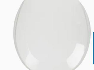 Aqua Source Round Toilet Seat   16  Round    Small Chip