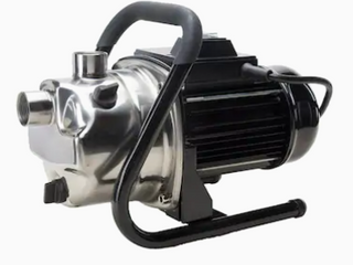 Utility Stainless Steel Booster Pump    Not Inspected