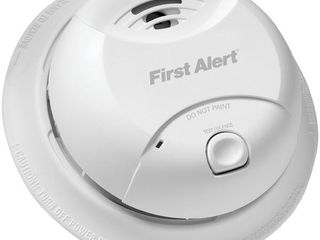 First Alert 0827B Ionization Smoke Alarm with 10 Year Sealed Tamper Proof Battery