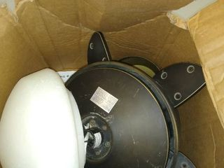 Ceiling Fan Motor An Bulb     No Blades   Not Inspected   No Blades