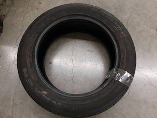 Nexen Nfera RU5 255 55R20 Tire