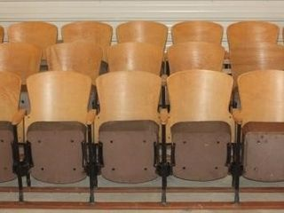 3 Rows of 7 Wooden Movie Theater Chair Seats