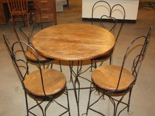 Vintage Ice Cream Parlor Table W 4 Chairs