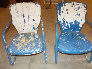 2 Matching Metal lawn Chairs  need restored
