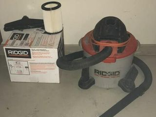 Rigid Wet Dry Vac w  Extra Hose  Filter