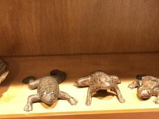 4  Cast Iron Frogs   Miniature Birdbath