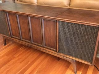 Sears Silvertone Console Radio Turntable