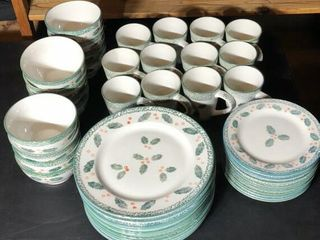 Holly Christmas Dinnerware Service for 12