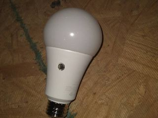 Ge 93121489 A line A21 E26 led Dusk To Dawn Bulb  White