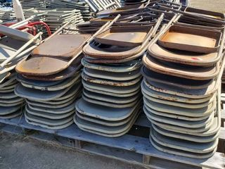 50  Folding Chairs