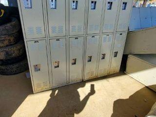 12  lockers