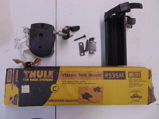 Thule 535XT Fork Mount   not sure if Complete