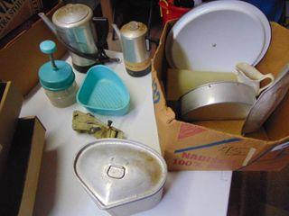 Miscellaeous kitchenware