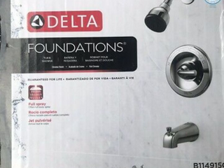 Delta Foundations Chrome 1 handle Bathtub And Shower Faucet With Valve B114915c   Not Inspected