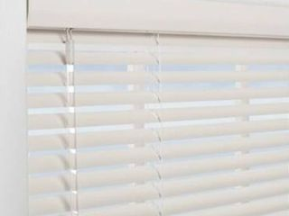 Allen   Roth White Cordless Faux Wood 2  Blinds 22 5  X 72   cut To 22  lt6 134
