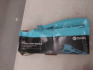 A o  Smith 1 piece 7 5 in Plastic Adjustable Strap Wrench