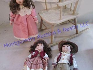 ROCKING CHAIR WITH DOllS