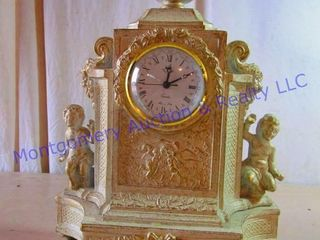 ITAlY MANTlE ClOCK