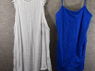 lot of 2 Womens Clothes   Miss Chievous Women s Top Size M  MMMM Women s Top