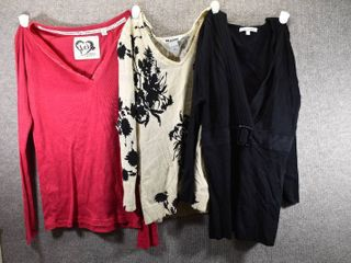 lot of 3 Womens Clothes   Nygard Women s Sweater Size S  Harve Benard Women s Sweater Size S  l E I  Women s Shirt Size S
