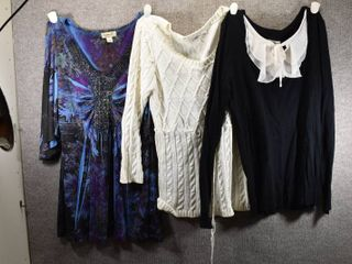 lot of 3 Womens Clothes   Cato Women s Sweater Size S  Jaclyn Smith Women s Sweater Size S  Oneworld Women s Shirt Size S