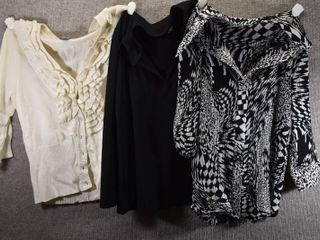 lot of 3 Womens Clothes   George Women s Shirt Size M  Caviar Women s Shirt Size M  Worthington Women s Sweater Size M