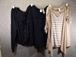 lot of 3 Womens Clothes   Apt 9 Women s Sweater Size M  Emma James Women s Shirt Size M  No Boundaries Women s Shirt Size M