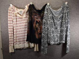 lot of 3 Womens Clothes   l E I  Women s Shirt Size l  Skinny Minnie Women s Shirt Size l  Mudd Women s Shirt Size l