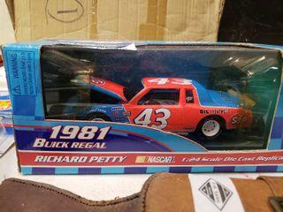 Richard Petty 1981 Buick Regal NASCAR Die Cast Replica