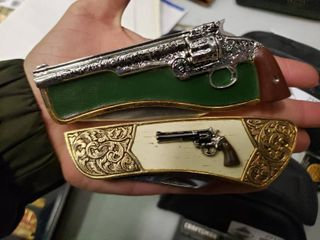 5 Franklin Mint Firearm Themed Collector Knives